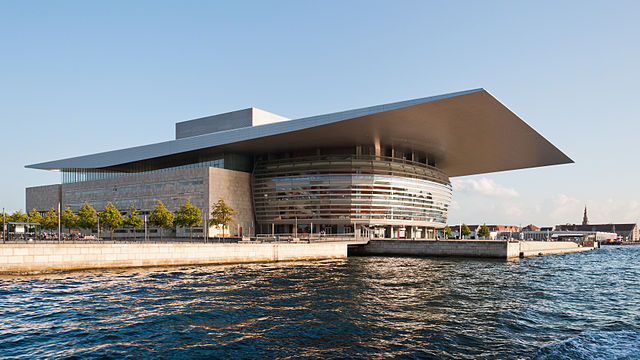Operaen | Julian Herzog | CC-BY-AT 4.0